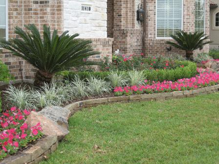 4 summer landscaping ideas shank 39 s lawn blog for Front yard plant ideas